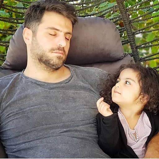 علی ضیا ازدواج کرد ! + عکس های خصوصی علی ضیا و خانواده اش