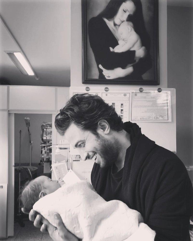 سومین فرزند بنیامین بهادری به دنیا آمد؛ اینبار در ایران و نه آمریکا +عکس