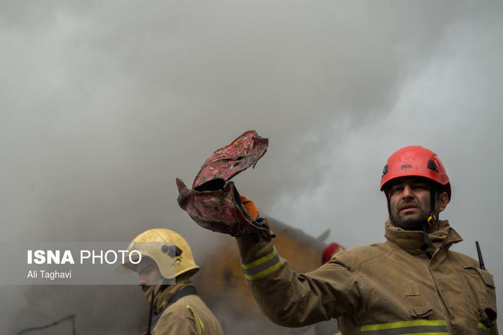 کلاه یکی از آتش نشانان