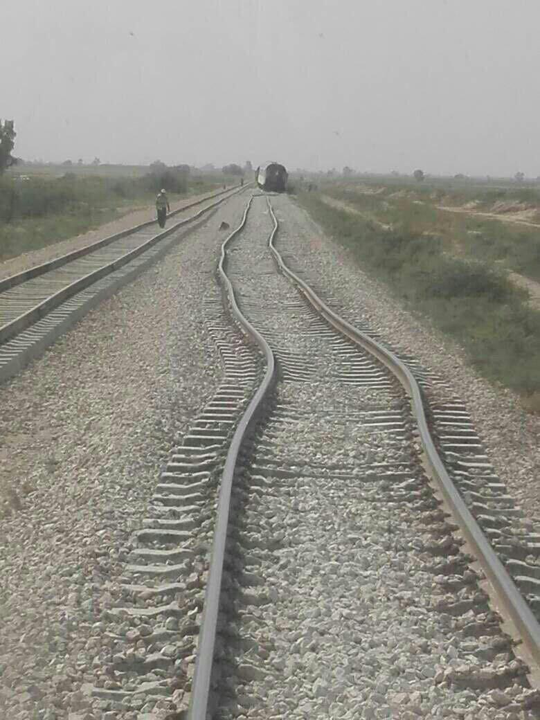 عکس: اثر خطرناک گرما بر ریلهای قطار جنوب