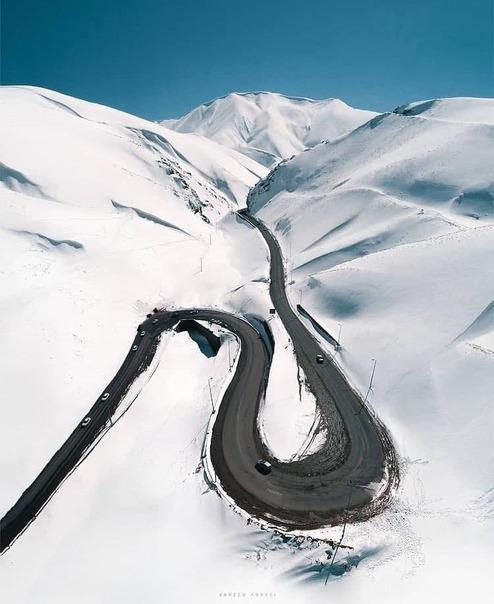 تصویری از جاده چالوس برفی