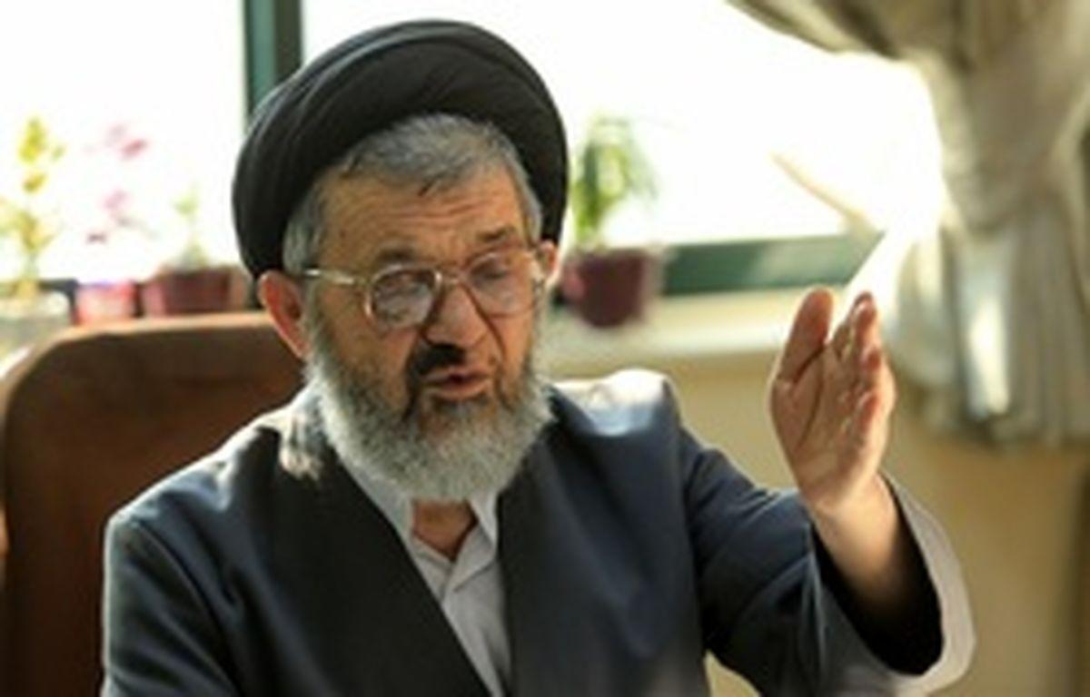 اکرمی: دیدار نیروی هوایی با امام رعب رژیم پهلوی را شکست