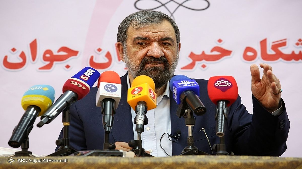 انتقاد تند محسن رضایی از دولت آقای روحانی