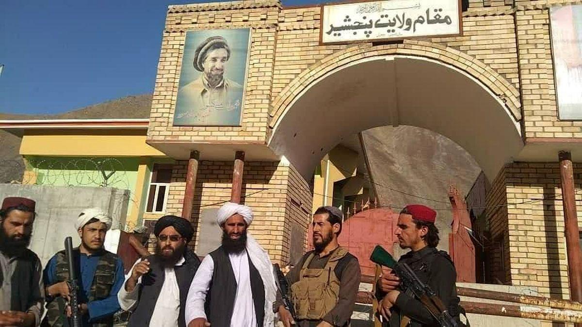 عکس منتشره از تصرف ساختمان استانداری پنجشیر به دست طالبان