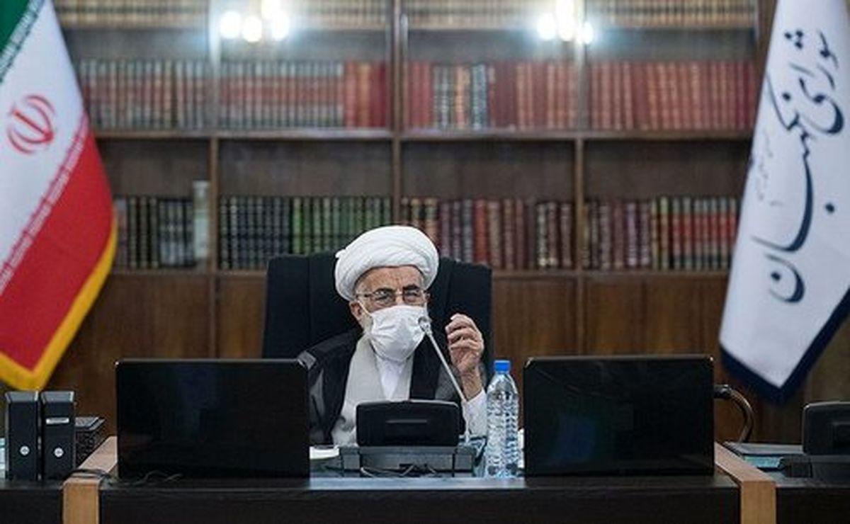 آیتالله جنتی: دنیا باید از ایران الگو بگیرد و به آمریکای بحرانزده باج ندهد