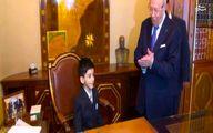 عکس: کودک 5 ساله، رئیس جمهور شد