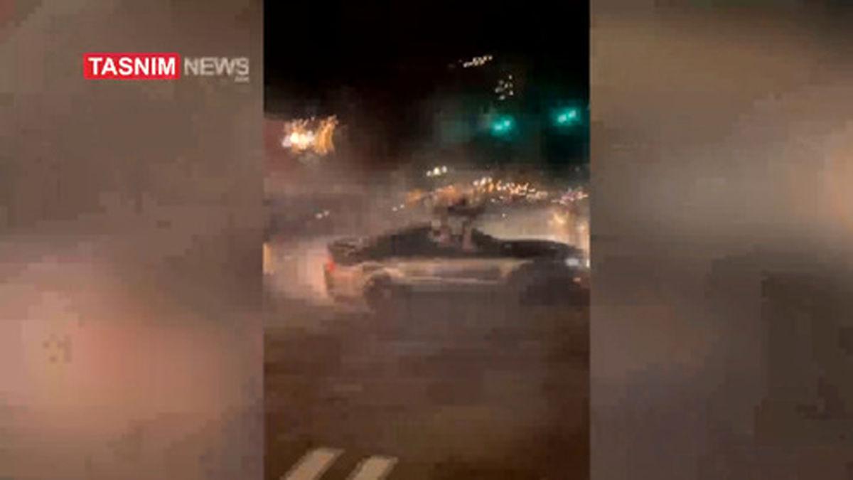 فیلم: پلیس آمریکا با خودرو شاسی بلند از روی مردم رد شد
