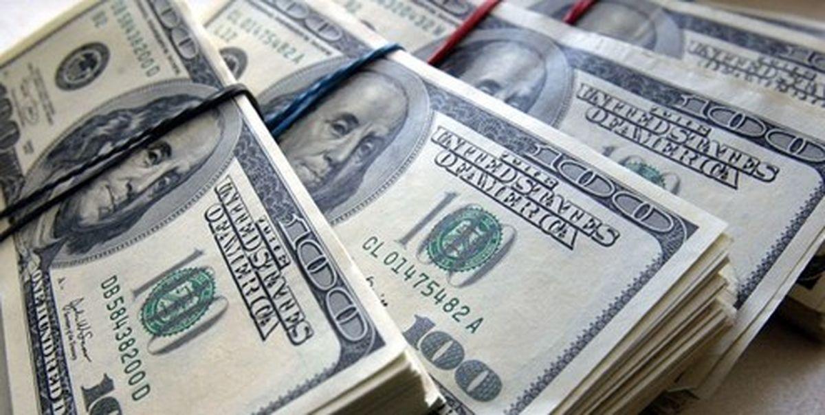 گرانی دلار و یورو در صرافیهای بانکی ۸ بهمن