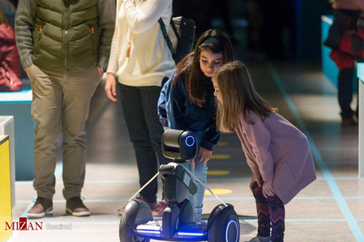 تصاویر: نمایشگاه رباتها در آتن