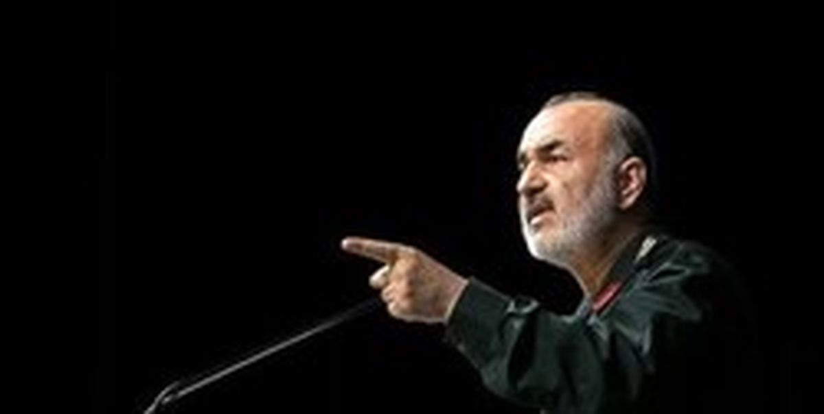 سردار سلامی: پیشرفتهای علمی بدون دین به از بین بردن انسانیت منتهی میشود