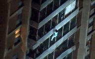 فیلم: فرار از ساختمان آتشگرفته به شیوه مرد عنکبوتی!