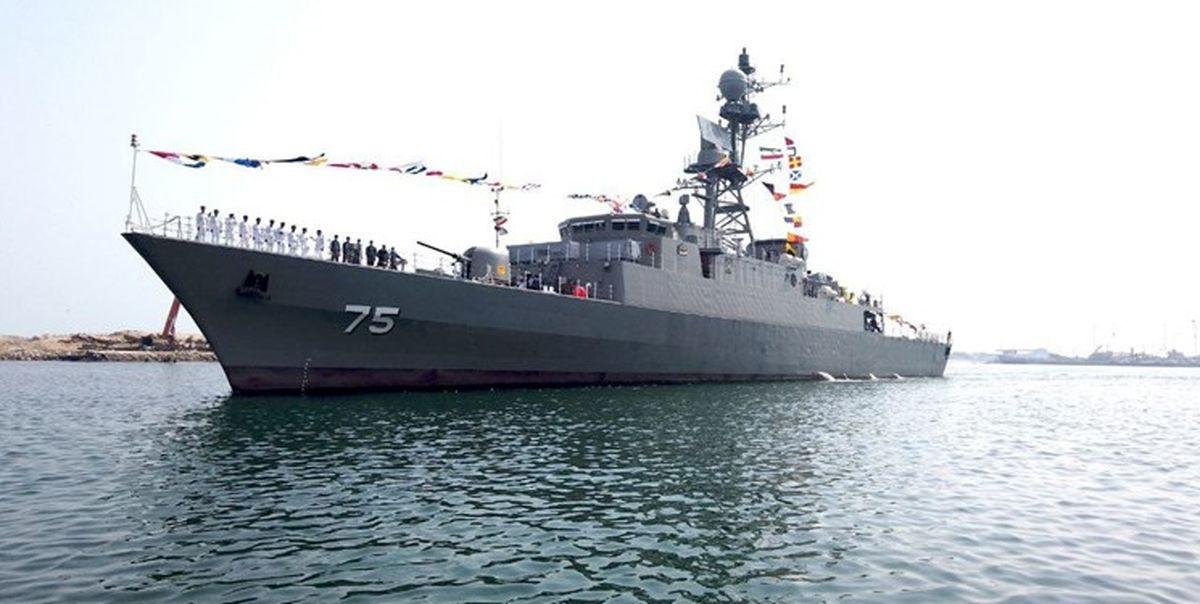 الحاق ناوشکن تمام ایرانی دنا و مین روب شاهین به نیروی دریایی ارتش