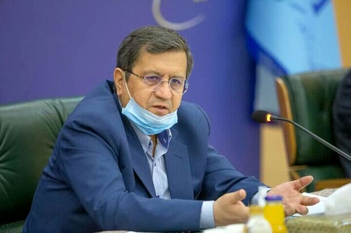 همتی: اختیارات ارزی بانک مرکزی تمدید شد