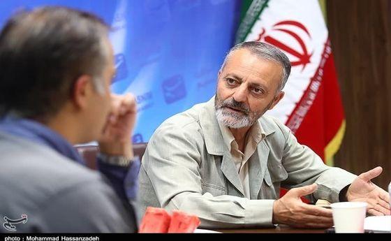 زریبافان برای انتخابات ثبتنام کرد +عکس