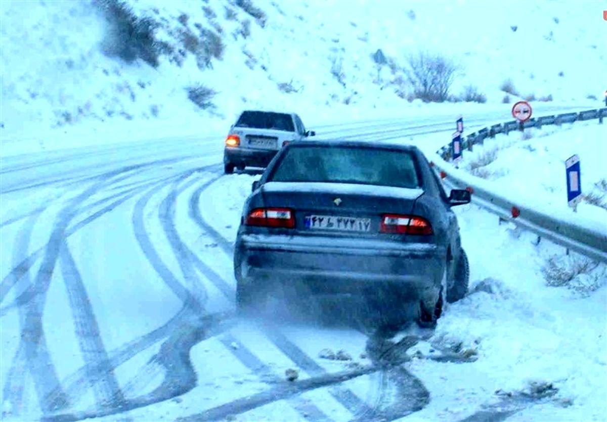 برف و باران در جاده های شمالی