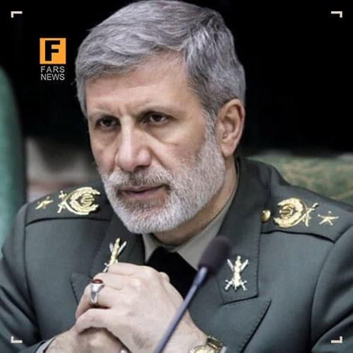 وزیر دفاع: تلآویو و حیفا با اشاره رهبری با خاک یکسان میشود
