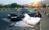 سقوط تشک روی پراید در بزرگراه همت حادثه ساز شد! +عکس