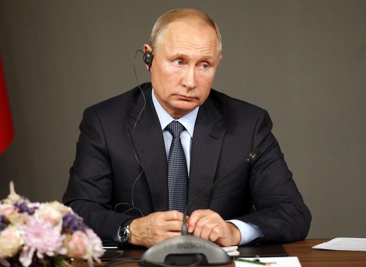 بازی پوتین در سوریه/ آمریکا باید راضی شود نقش قدرتمند روسیه را بشناسد/ آمریکا در یک فاجعهی مهم بینالمللی گیر افتاده/اسد در قدرت باقی میماند/روسیه جایگزین آمریکا در منطقه میشود؟