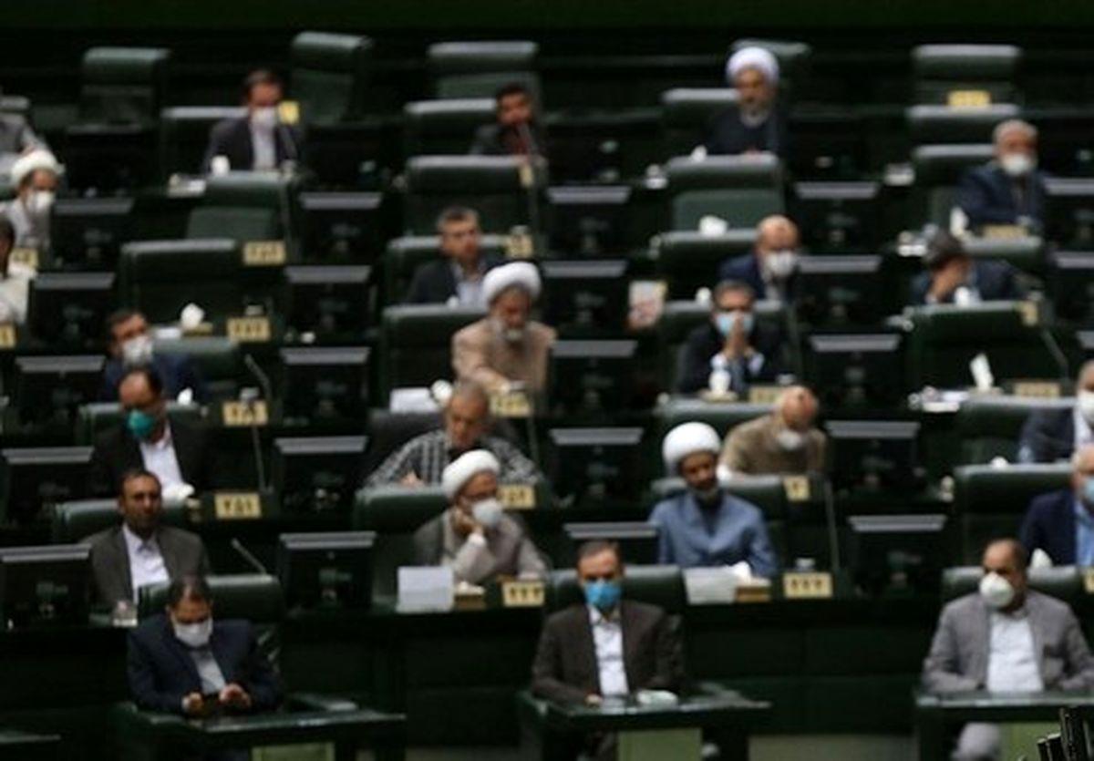 بررسی سوال از ظریف در دستور کار نمایندگان مجلس