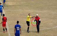یک فنجان چای برای داور فوتبال در خط حمله سوژه شد! +عکس