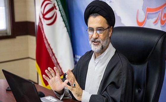 نماینده مجلس: محل تعجب است که چرا ظریف و عراقچی مکانیسم ماشه را پذیرفتند؟