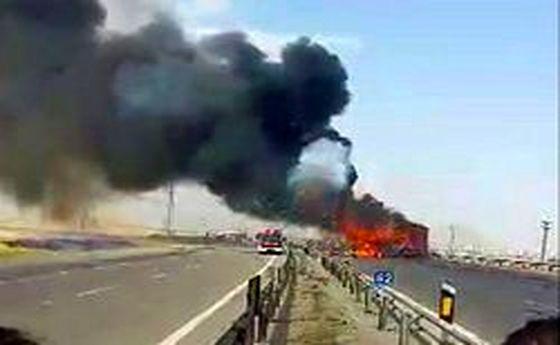 مرگ ۲ سرنشین خودروی پژو در میان شعلههای آتش