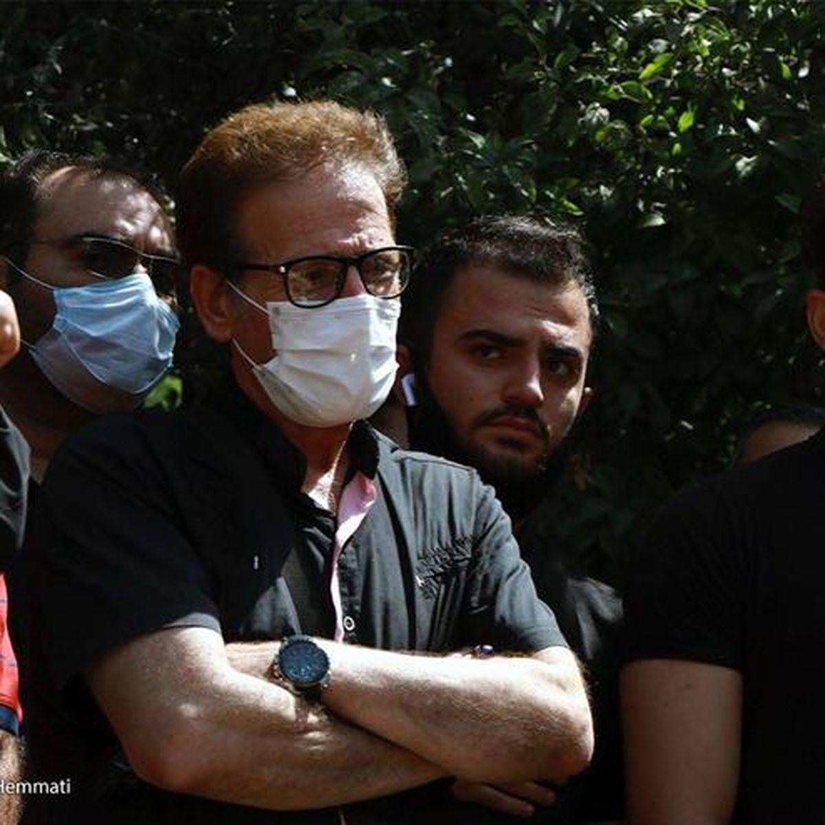 لاغری عجیب بازیگر معروف  در مراسم تشییع سیروس گرجستانی +عکس