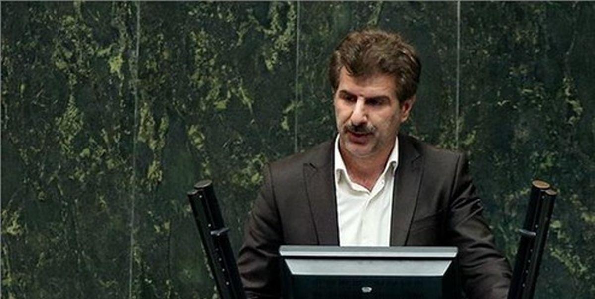 نماینده مجلس: احیا وزارت بازرگانی برای سرگرم کردن مردم است
