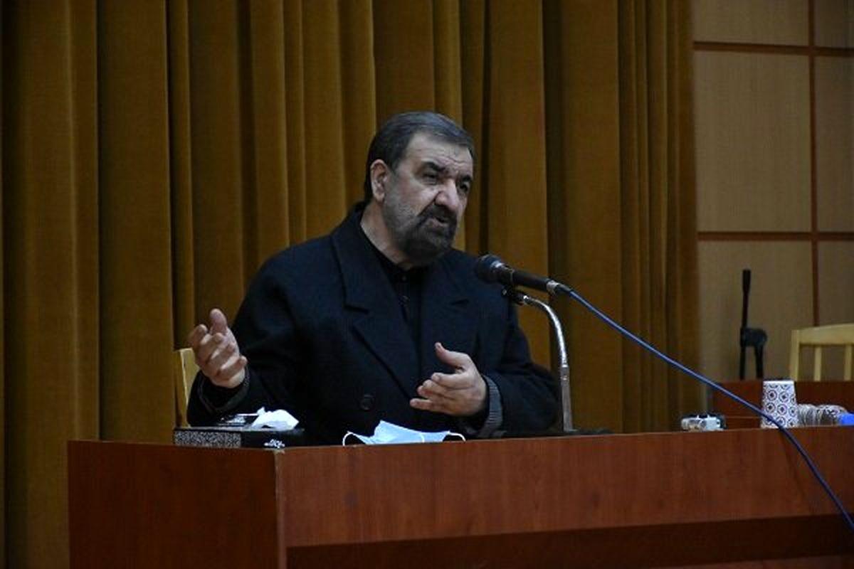 محسن رضایی: امروز اداره شهرها در اختیار دولت است