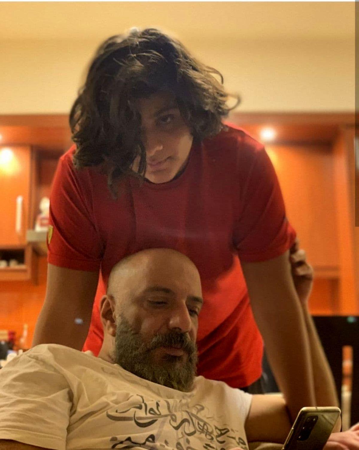 خوشگذرانی امیر جعفری در یونان با پسرش حاشیه ساز شد