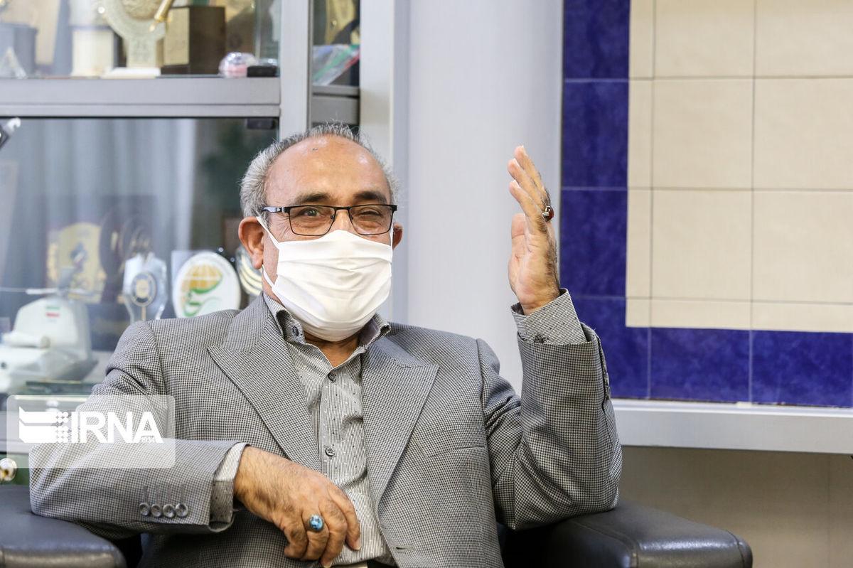 واکنش خباز به غیبت موسوی خویینیها