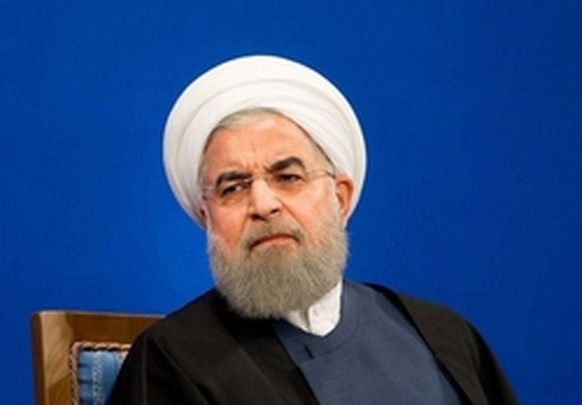 شرمندگی حامیان دولت از توهین روحانی