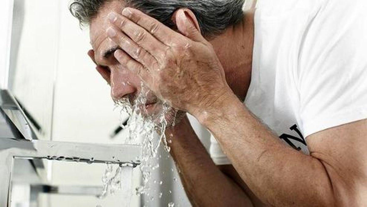 ۱۰ اشتباه بزرگ در شستن صورت