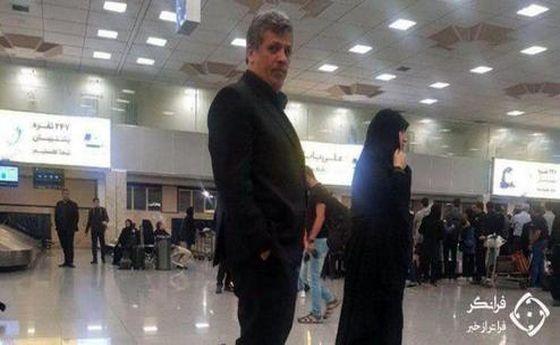 مهدی هاشمی با همسرش در فرودگاه مهرآباد دیده شد +عکس