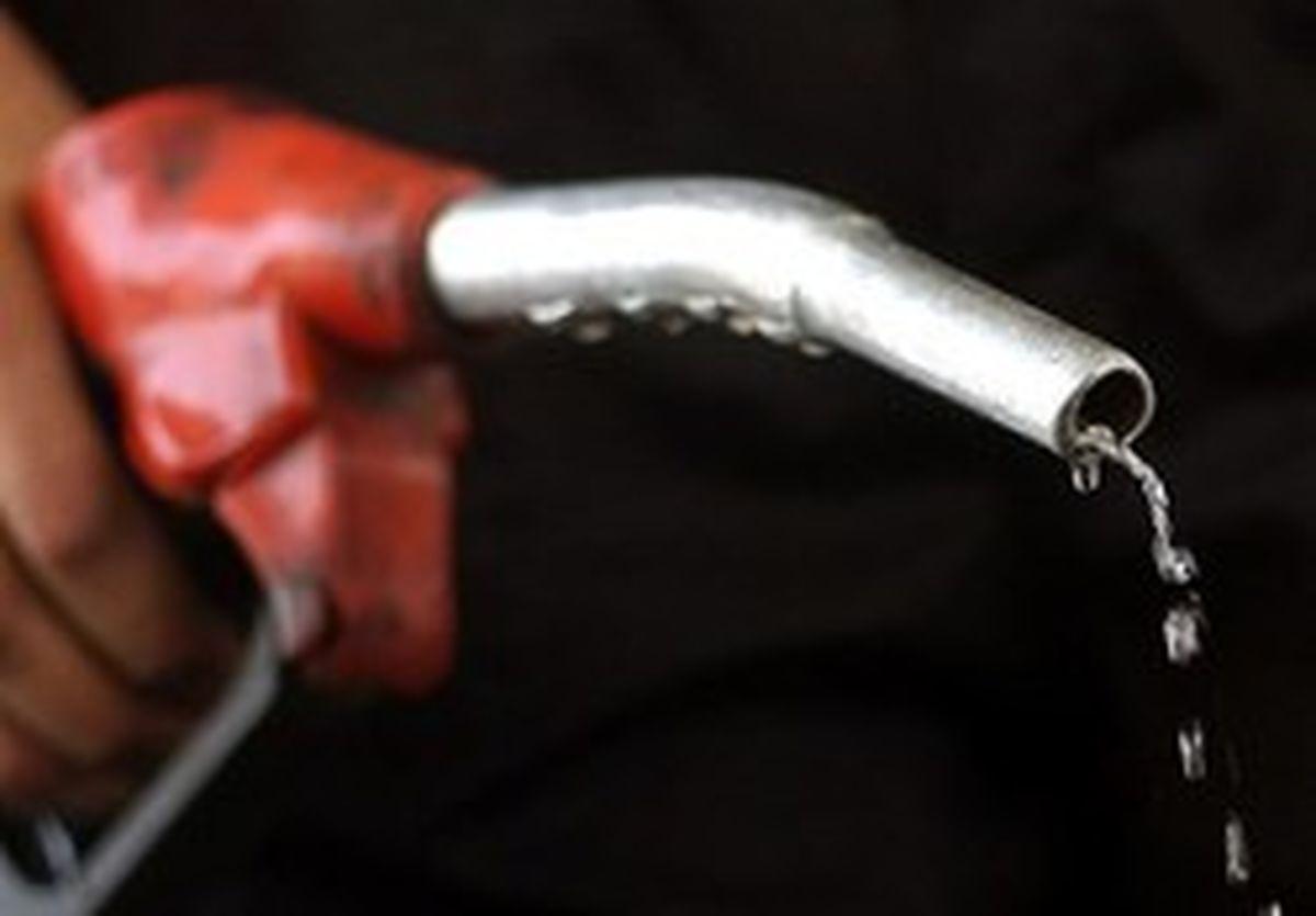 سخنگوی کمیسیون انرژی: بنزین فعلاً گران نمیشود