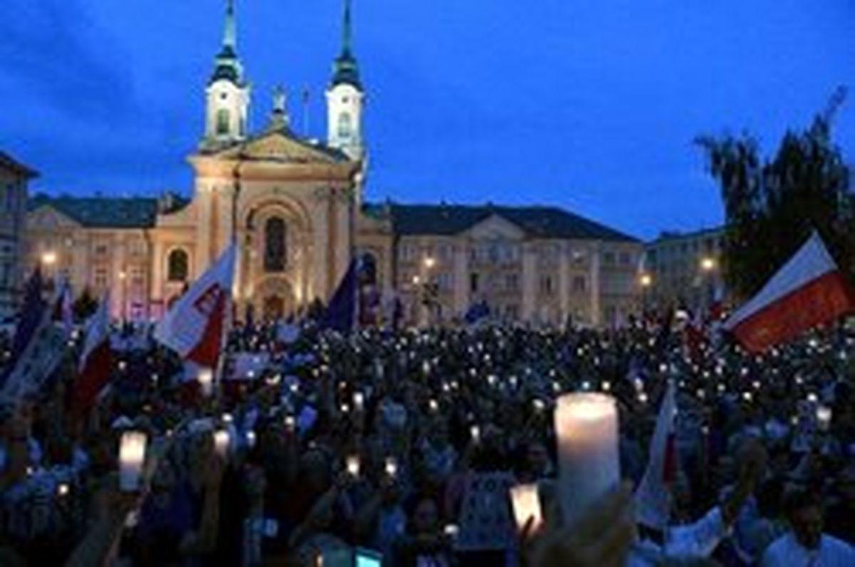 رئیس دادگاه عالی لهستان دولت را به «کودتا» متهم کرد