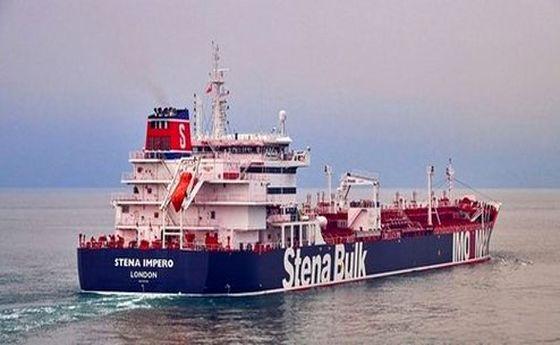 یک نفتکش انگلیسی در حال حرکت به سمت ایران است