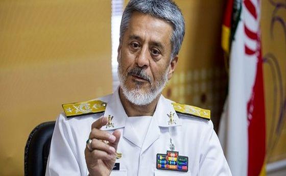 امیر سیاری: ارتش و سپاه دست در دست یکدیگر در مقابل هر تهدیدی ایستاده اند