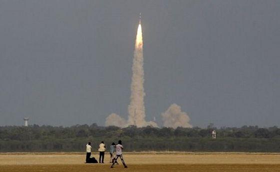 هند با موفقیت موشک مافوق صوت آزمایش کرد