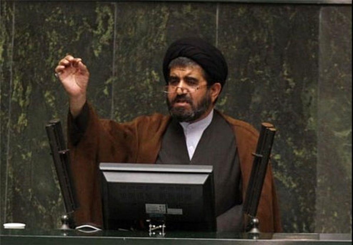 موسوی لارگانی:وقت آن است که فرمانده را راهنمایی کنیم/ سوالاتی که از رئیس جمهور داریم به فرماندهی اقتصادی او برمیگردد/ هفت سال فرماندهی اقتصادی دولت موجب افول شد