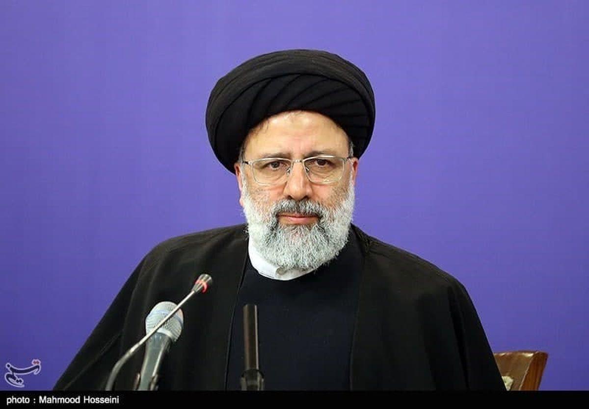 جمع بندی ابراهیم رئیسی:ما در این ایام کرونا کاری کردیم که دنیا بی سابقه بود و آن مرخصی زندانیان بود.