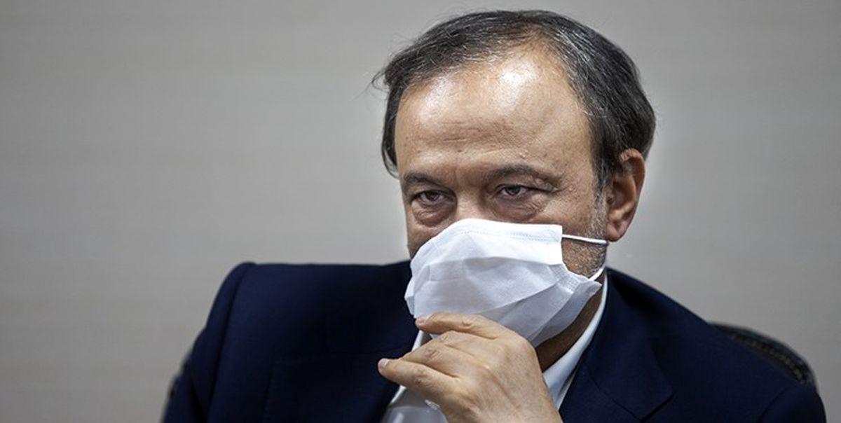 مخالفت وزیر صمت با عرضه خودرو در بورس!