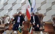 «شاه محمود قریشی» امروز سهشنبه وارد تهران شد