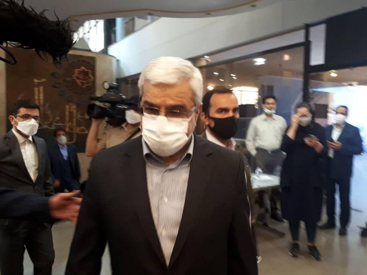 بازدید جمال عرف از ستاد انتخابات +عکس