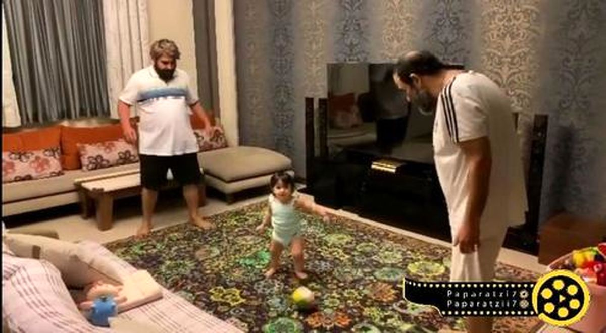 مهران غفوریان و امیر نوری در حال فوتبال بازی با هانا در خانه +عکس
