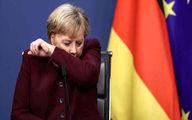 سرفههای مشکوک مرکل در نشست اتحادیه اروپا +عکس