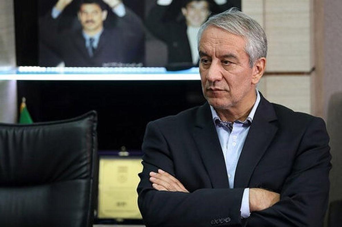 کفاشیان به فدراسیون بیاید وزیر استیضاح میشود