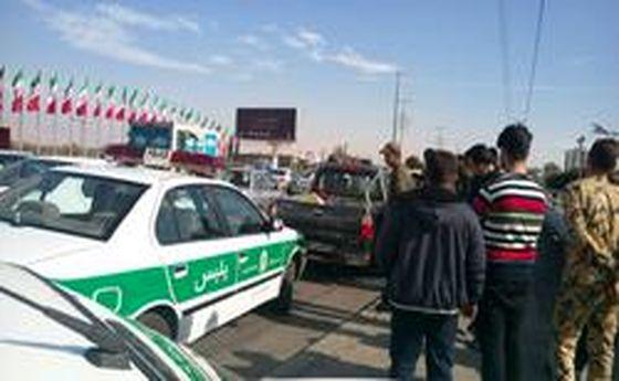 سارق ناشی به خودروی پلیس زد! +عکس